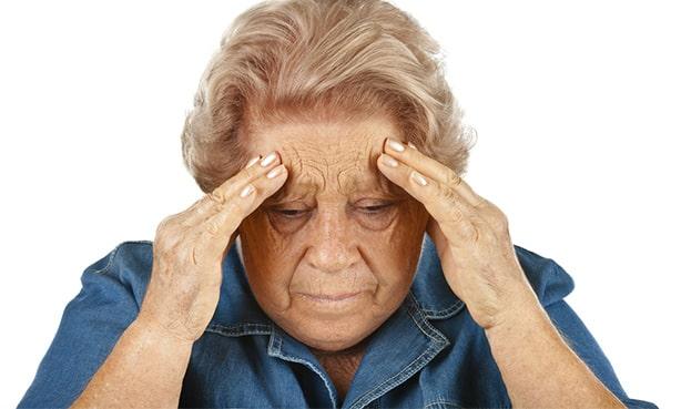 Головные боли, мигрень у пенсионерки