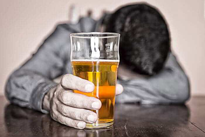 Болят почки после алкоголя пиво