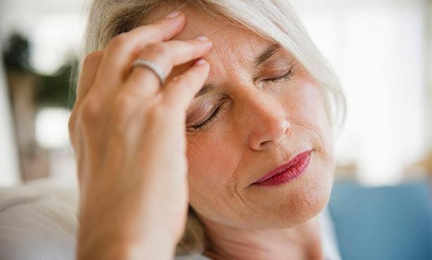 Головные боли могут быть первым признаком ОНМК