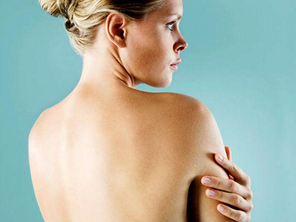 Чистая спина без прыщей у женщины