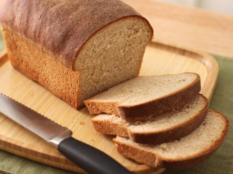 Бессолевой, безбелковый хлеб.