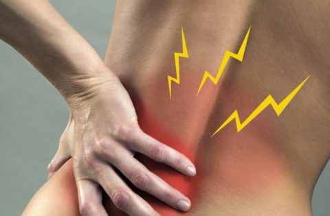 Боль различного характера — общий симптом для болезней почек и позвоночного столба