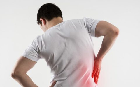 Боль в пояснице или со стороны почек верный признак мочекаменной болезни