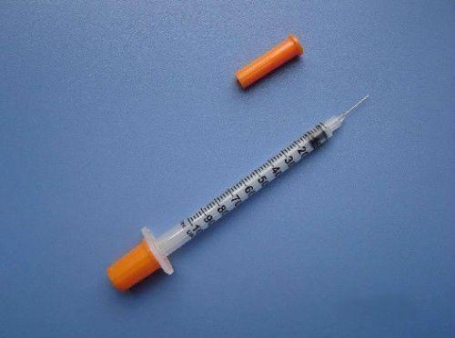 Инсулиновый шприц