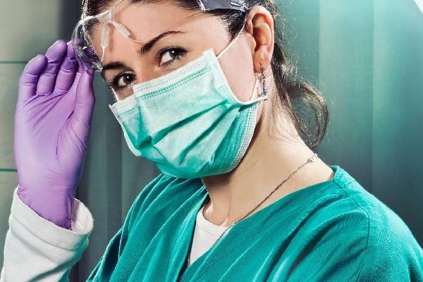 Хирург в женском обличии