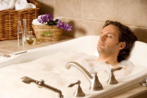 Ненадолго расслабиться и забыть о боли после принятия теплой ванны