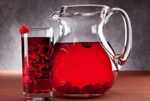 Обильное питье как основное правило лечения.