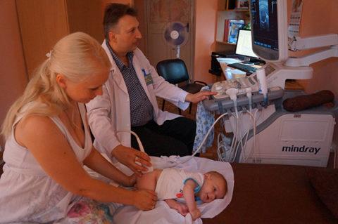 Определить динамику течения заболевания позволяет регулярный контроль состояния почек у ребенка.