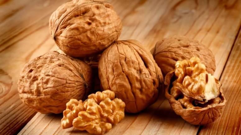Витамины в грецком орехе