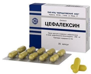 При воспалительном заболевании почек инфекционного генеза подбирается антибиотик или комбинация противомикробных лекарств.