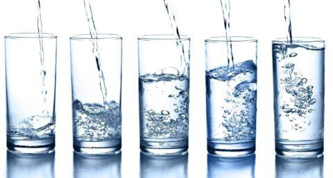 Следует выпивать как можно больше жидкости
