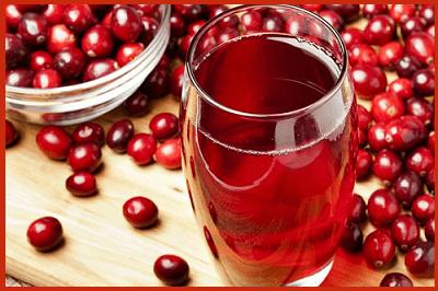 Сок или морс из свежих ягод клюквы