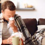 Воспаление почечных тканей может начаться вследствие острых респираторных недугов.