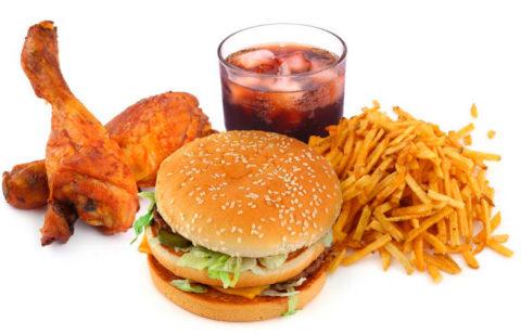Значительное влияние оказывает неправильное питание